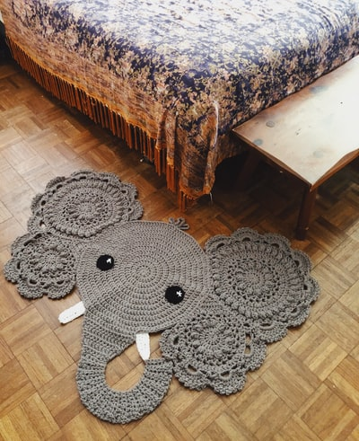 How to create a unique rug for your room